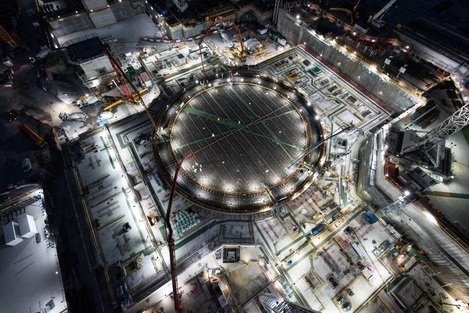 Video   BYLOR completes pour for 49,000t Hinkley reactor base